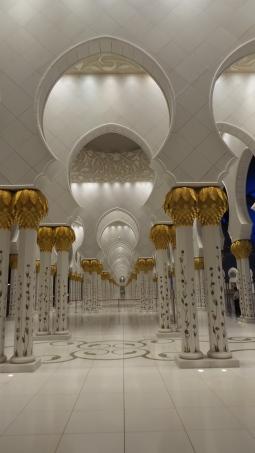 Architecture. Sheikh Zayed Mosque in Abu Dhabi